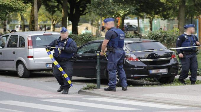 «Un Policier A Tiré à Trois Reprises Sur Un SDF»