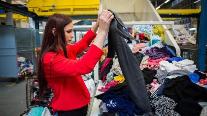 Les Petits Riens Ou L'asbl Qui Fait Bien Plus Que Revendre Des Vêtements